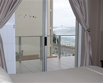 Main bedroom with seaview