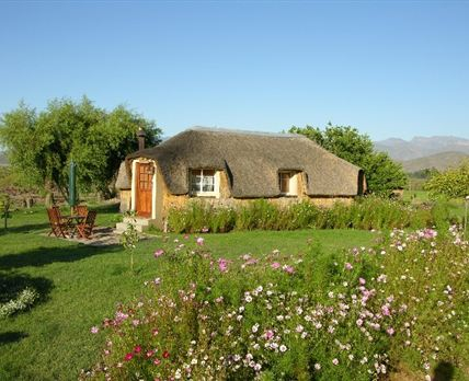 Romantic Honeymoon Hut