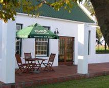'Stoep', grass and braai facilities