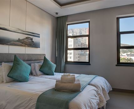 Main bedroom overlooking Table Mountain