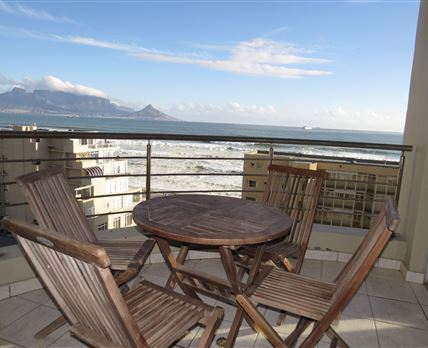 Table Mountain and Lion's Head in the backround