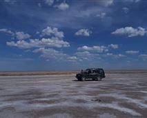 A pleasant drive through one of the pans in the Makgadikgadi basin © Makgadikgadi Adventure Camp