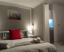 Suite 2, double bed © JL Hospitality Consulting