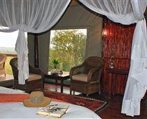 Safari suite view © Zwahili Game Lodge