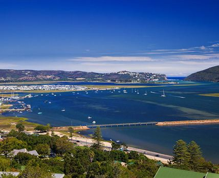 This is the actual view of Knysna Lagoon, the Waterfront and the Heads from each unit at Paradise Found © Copyright Chris Daly FPSSA APSSA (Vers)