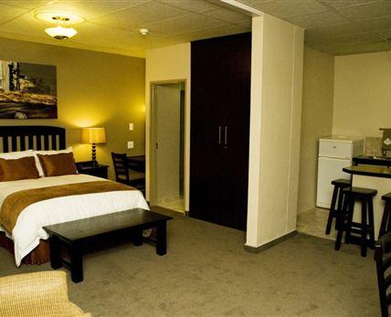 Half Suite