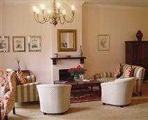 Lounge © Ridgeback House, Vansha Farming (Pty) Ltd