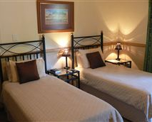 Bedroom © upington-online.co.za