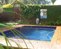 Swimming pool available to Rose and Ale guests