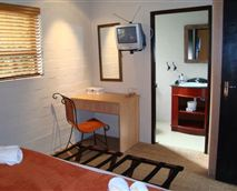 Strelitzia Room