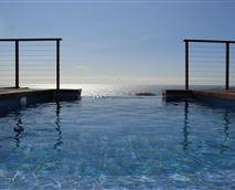Private Rim flow Pool
