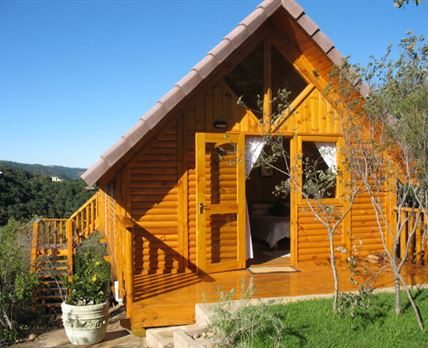 The newest addition to the Little Mazot family, this cottage is completely relaint on filtered rain water, gas and solar power. A truly unique expeireince with all modern conmforts.