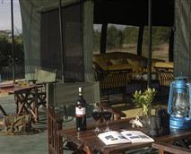 Dining area © Gamewatchers Safaris Ltd