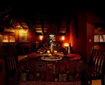 Romantic Diner setting at Manzini Swazi King Chalets © Manzini Swazi King Chalets