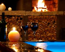 Manzini Swazi King Chalets - Romantic nights © Manzini Swazi King Chalets