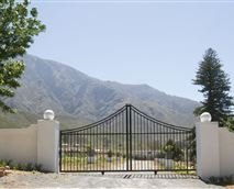 Entrance to Countryhouse and Conference centre.