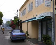 Front La chaux street