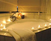 Main house spa bath © Terra Africa Hospitality