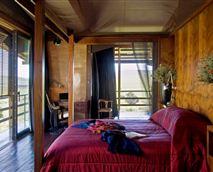 Shaka lodge master bedroom © ZuluWaters
