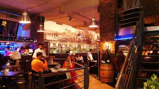 Restaurants in Dan Pienaar