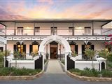 Central Karoo Hotel