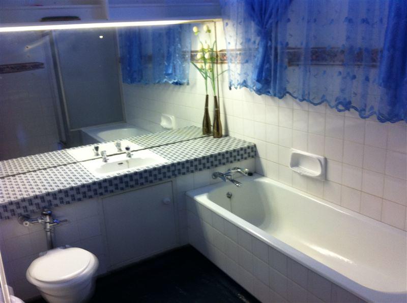 En Suite Bathrooms In Apartments: Wingbridge Apartment