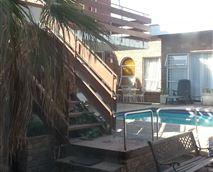 Outside swimmingpool