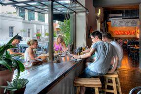 Café Manhattan