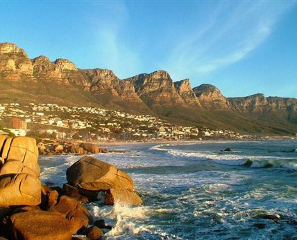 Camps Bay © Paradise Pictures