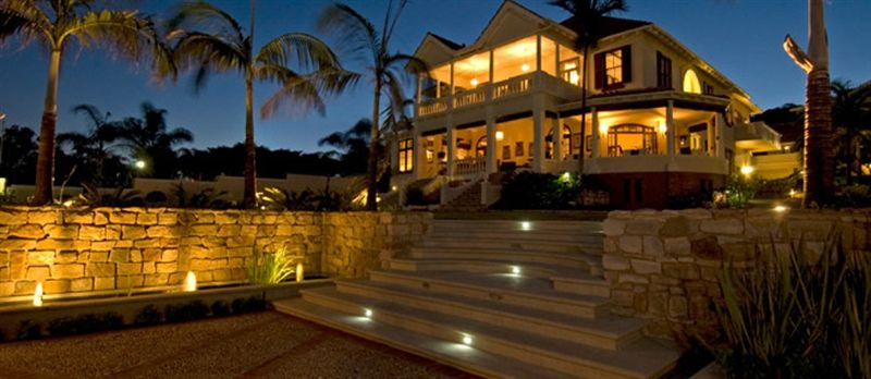 African pride audacia manor boutique hotel for Morningside manor