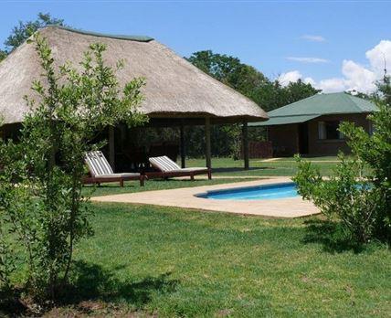 Lapa and pool