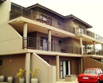 One and Three-bedroom Units © Channel Rocks
