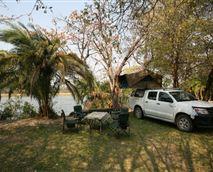 Camping at Ndhovu Safari Lodge