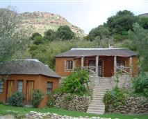 The Mojaki family cottage and the two Mpojane single rooms.