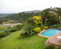 Set in a lovely garden overlooking the bend in the river, hence the name of Riverbend © Riverbend Guest House cc