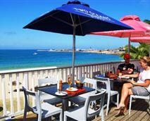 Restaurant deck