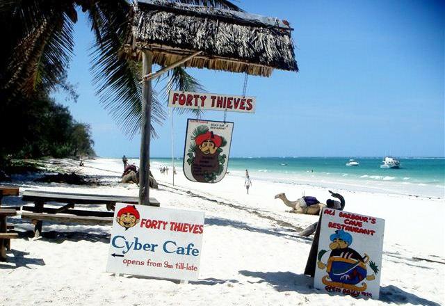 Forty Thieves Beach Bar, Diani Beach