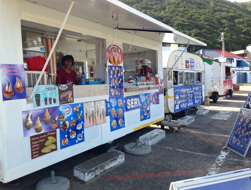 Beachfront vendors at Herolds Bay