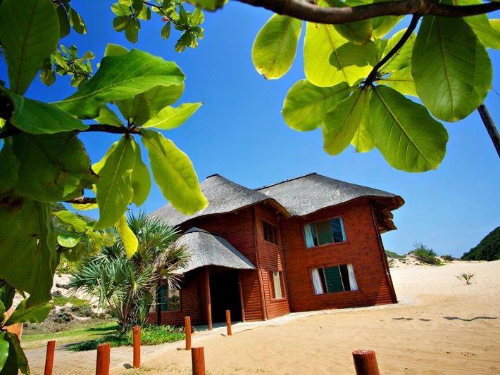 Praia de Chizavane Accommodation