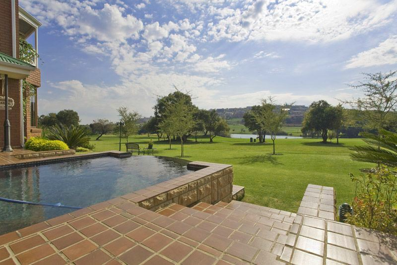 Woodhill, Pretoria