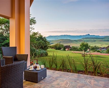 View from a Mountain Suite at sunrise © Montusi Mountain Lodge