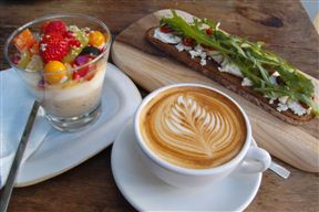Look how beautiful this breakfast looks.