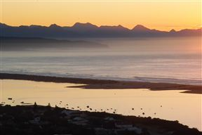 Plettenberg Bay and it's beautiful lagoon in the morning