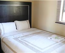 Exquisite Dzuvha Double Bed Rooms with shower © Dzuvha