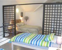 B27 bedroom