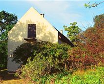 The two private and spacious bed and breakfast units are housed in this building. © Juria Le Roux