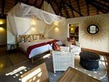 Luangwa Parks Region Lodge