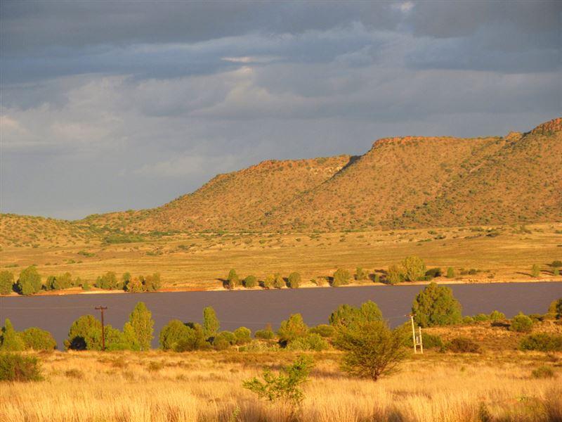 Oviston Dam