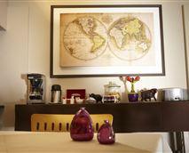 Coffee and tea facilities © Villa Violet
