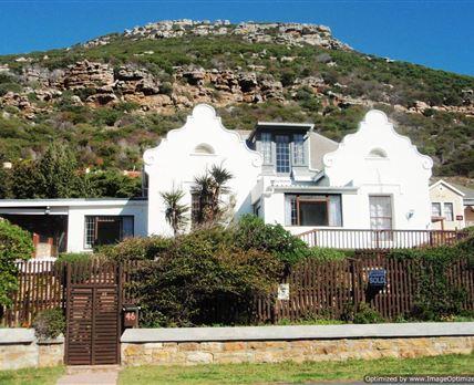 1902 Classic Cape Dutch architecture.
